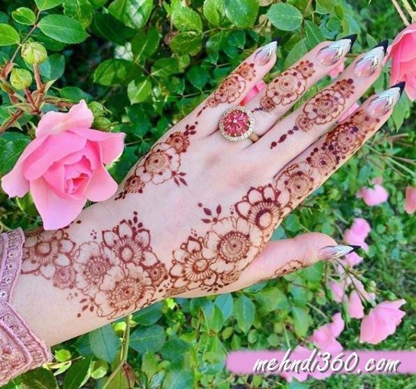 Floral Mehndi Design Back Hand