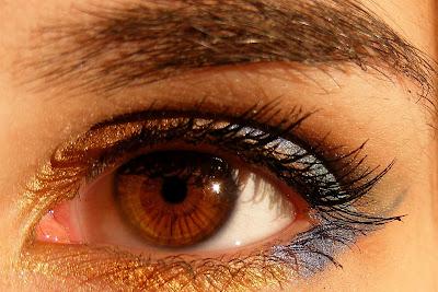 Larangan Mencukur Alis Mata Dan Menipiskannya