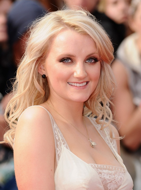 Julia Roberts Hd Wallpapers Onfolip Evanna Lynch Hot Pictures 2012