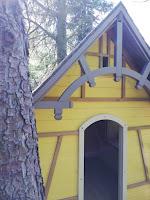 Fára épített lombház gyerekeknek