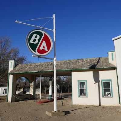 Ogema, Saskatchewan, service station, historical