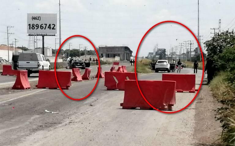 Se desata fuerte pelotera entre sicarios, tras persecución y lluvia de balas dejan 4 ejecutados en carretera de Guanajuato; 3 sicarios y 1 joven abatidos