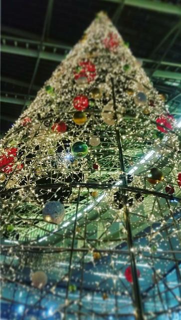 L'arbre de Noël de Châtelet les Halles