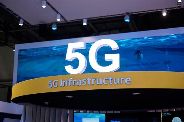 أمريكا تستثني المنتجات المصنعة في الصين من المشاركة في بناء شبكة 5G