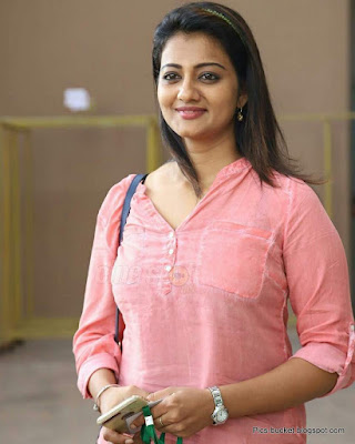 Beautiful Malayalam Actress Hot Photos and Wallpapers  IMAGES, GIF, ANIMATED GIF, WALLPAPER, STICKER FOR WHATSAPP & FACEBOOK