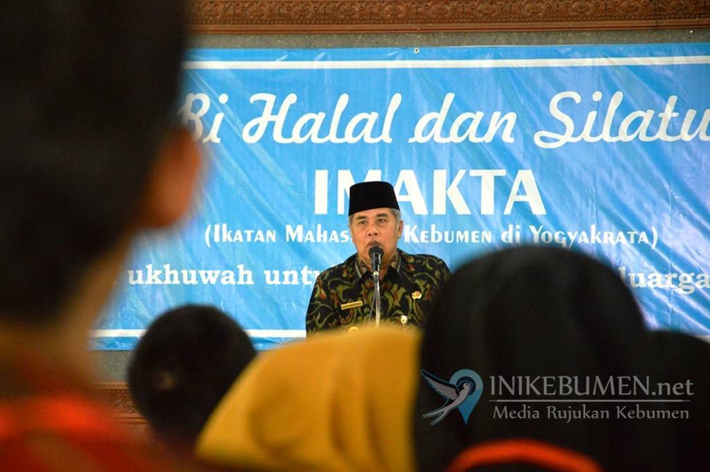 Gus Yazid Ajak Mahasiswa Ikut Awasi Pilkades Tanpa Wuwuran