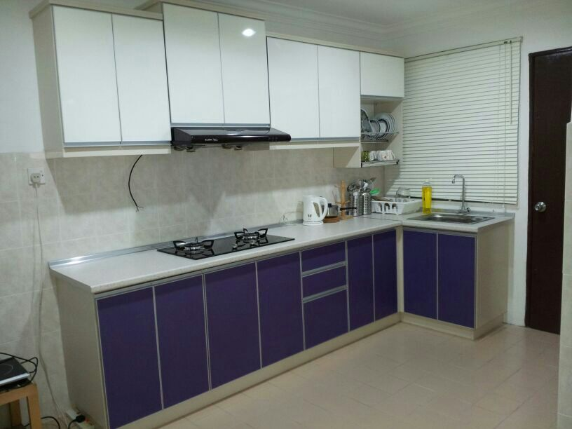 Harga kitchen cabinet aluminium for Harga kitchen cabinet 2016
