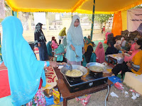 Himpun Ibu-Ibu Kelompok Usaha, PT. PNM Gelar Pelatihan Pembuatan Kue Kering di Desa Tonda