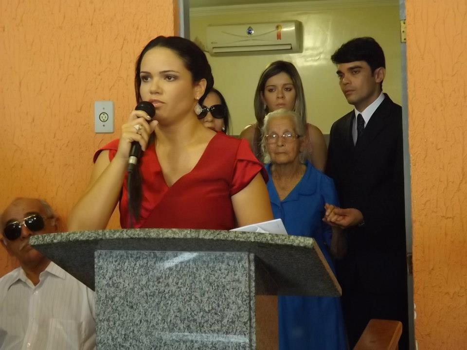 Resultado de imagem para prefeita Mara Lourdes Cavalcanti