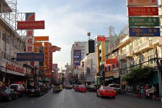 Particolare di Yaowarat Road, China town di Bangkok