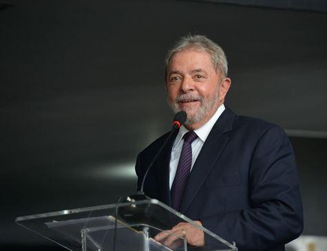 Procuradoria diz ao STJ que Lula já pode ir para o regime semiaberto