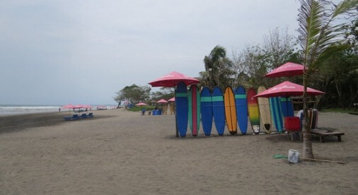 Seminyak Bali is to a greater extent than upscale marketplace supported past times luxury accomodations BaliBeaches: Seminyak Beach Bali - Surfing, Petitenget Temple & Horse Riding