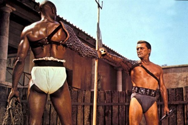 Kirk Douglas Woody Strode Spartacus movieloversreviews.filminspector.com