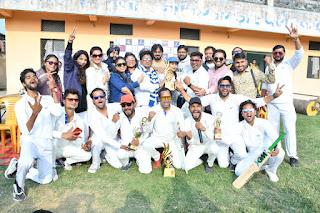 एक दिवसीय फ्रेंडली क्रिकेट मैच में एंकर 11कानपुर की हुई शानदार जीत