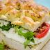 Συνταγή για ανάλαφρο μεσογειακό σάντουιτς με τη λαγάνα που περίσσεψε