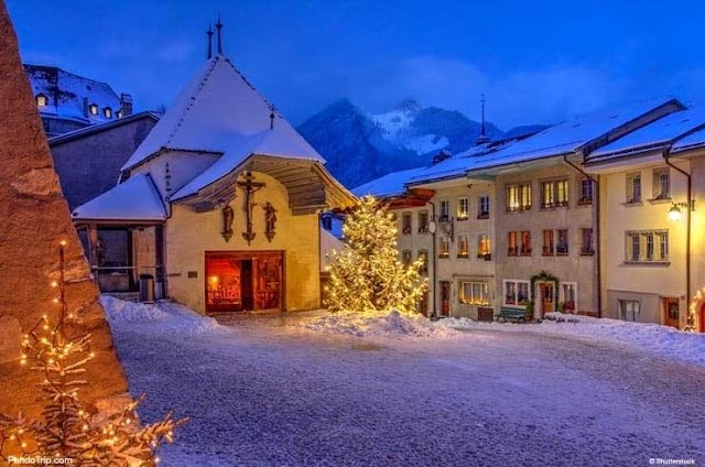 Travel Switzerland to celebrate Christmas in 10 most beautiful destinations