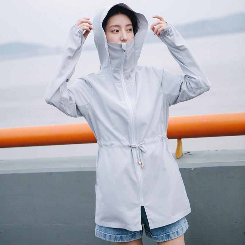Quần áo chống nắng là cách đơn giản nhất để bảo vệ bạn khỏi tác hại tia UV