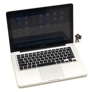 MacBook Pro Core i5 13-inch Late 2011 Fullset