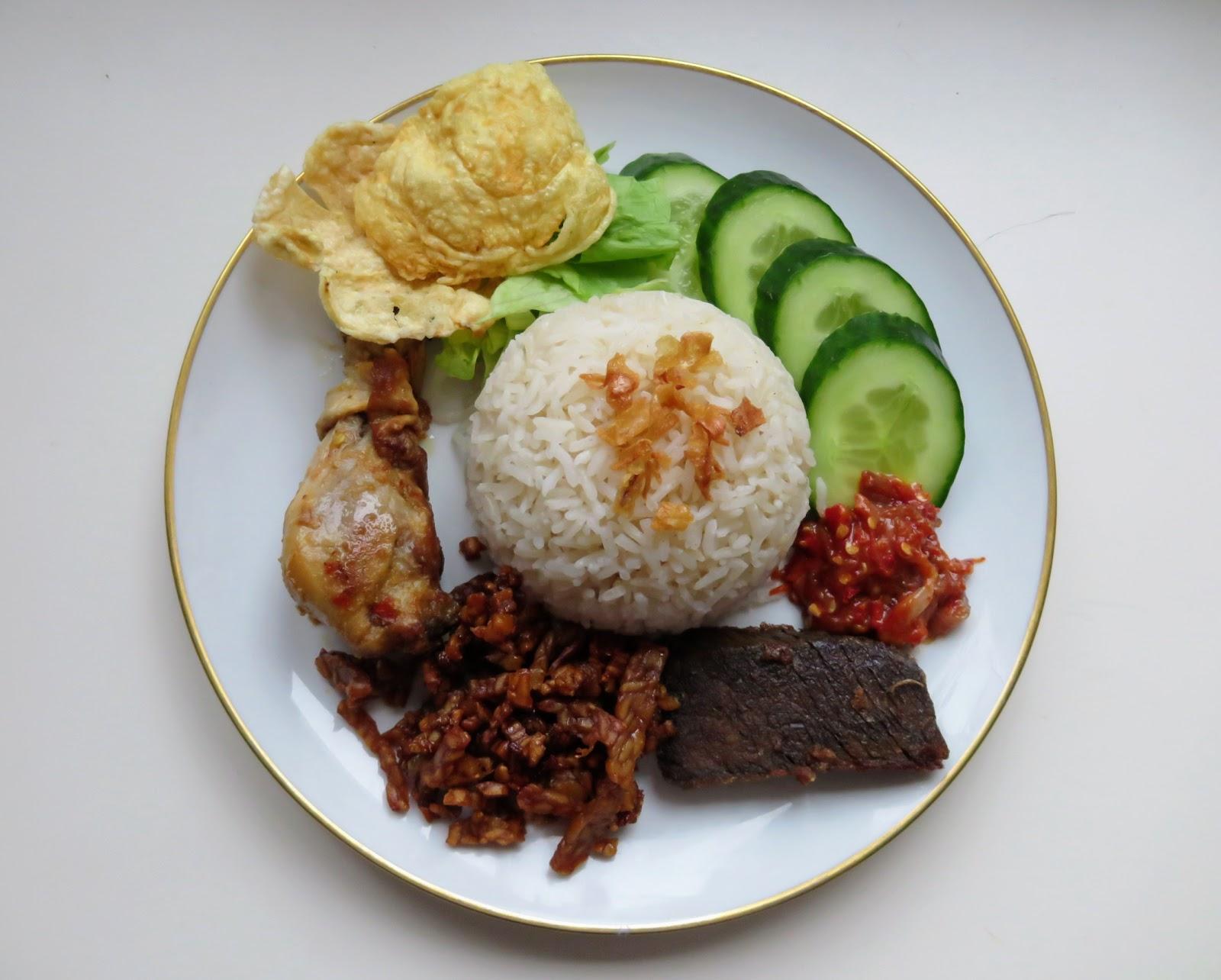 Rezept Nasi Uduk, Herzhafter Reis mit Kokosmilch
