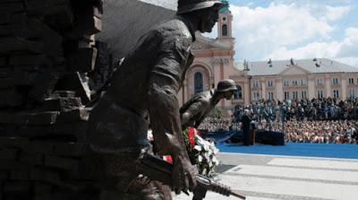 Η Πολωνία ζητάει ένα τρισ. δολάρια από τη Γερμανία για τον Β' Παγκόσμιο