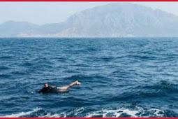 مغربي يعبر مضيق جبل طارق على متن طوافة مؤقتة