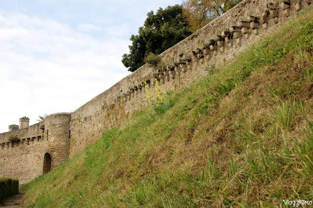Parte della cinta muraria di Dinan