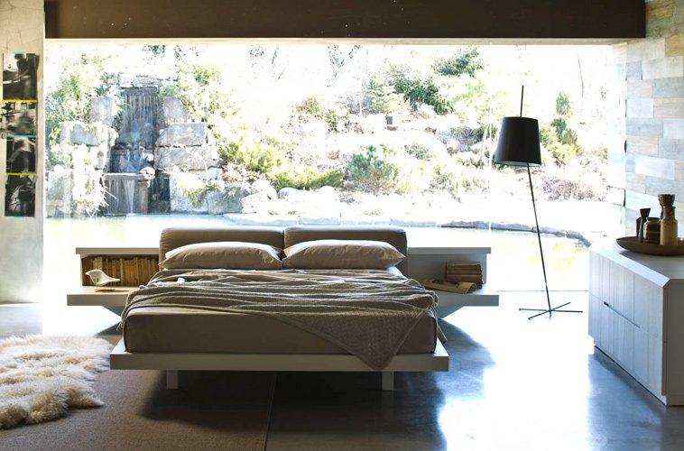 Mobili d 39 elia 6 trucchi per ingrandire la camera da letto - Specchio romantico riflessi prezzo ...