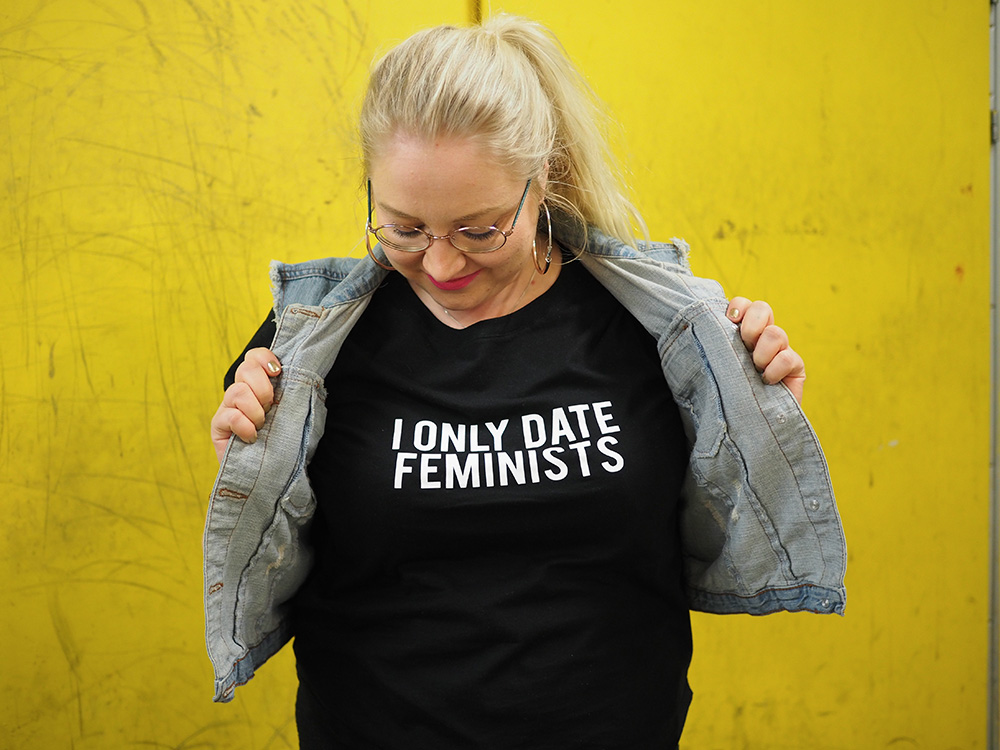 Isät vastaan tyttäret dating t-paita