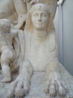 esfinge - Alegoria do Rio Nilo, um exemplo de interpretação da iconografia antiga