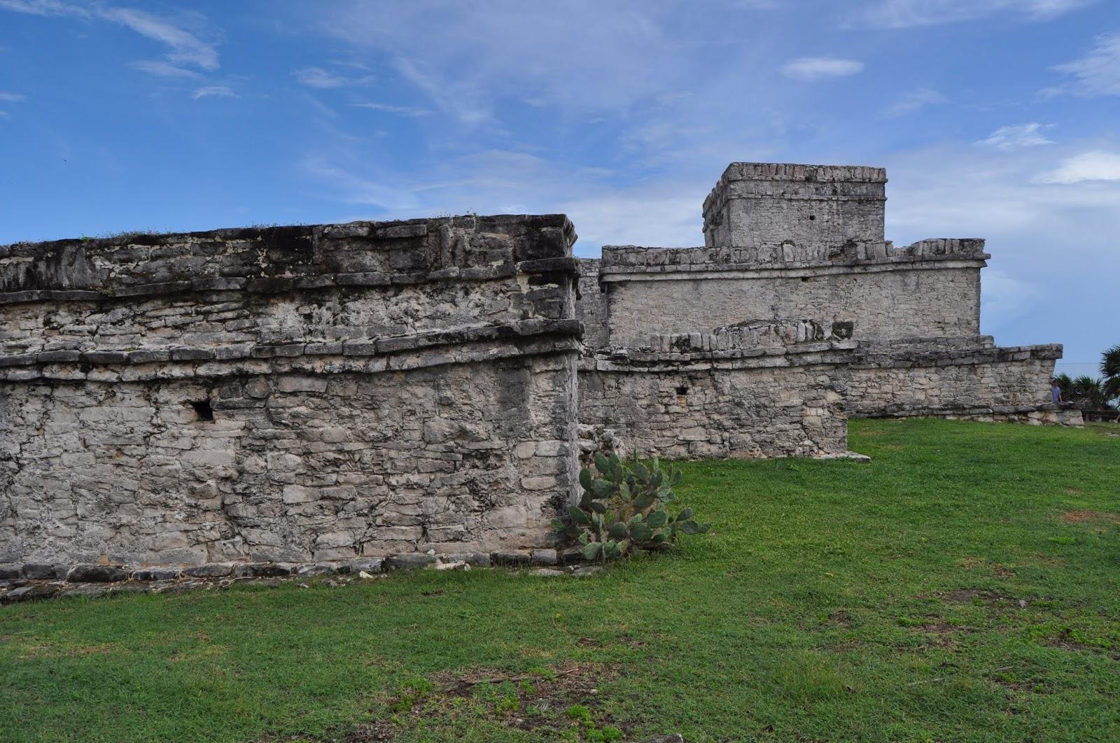 Foto templo de la Estela Tulum