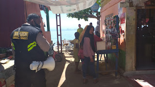 Ops Yustisi, Bhabinkamtibmas Pulau Barang Lompo Berikan Imbauan Protokol Kesehatan