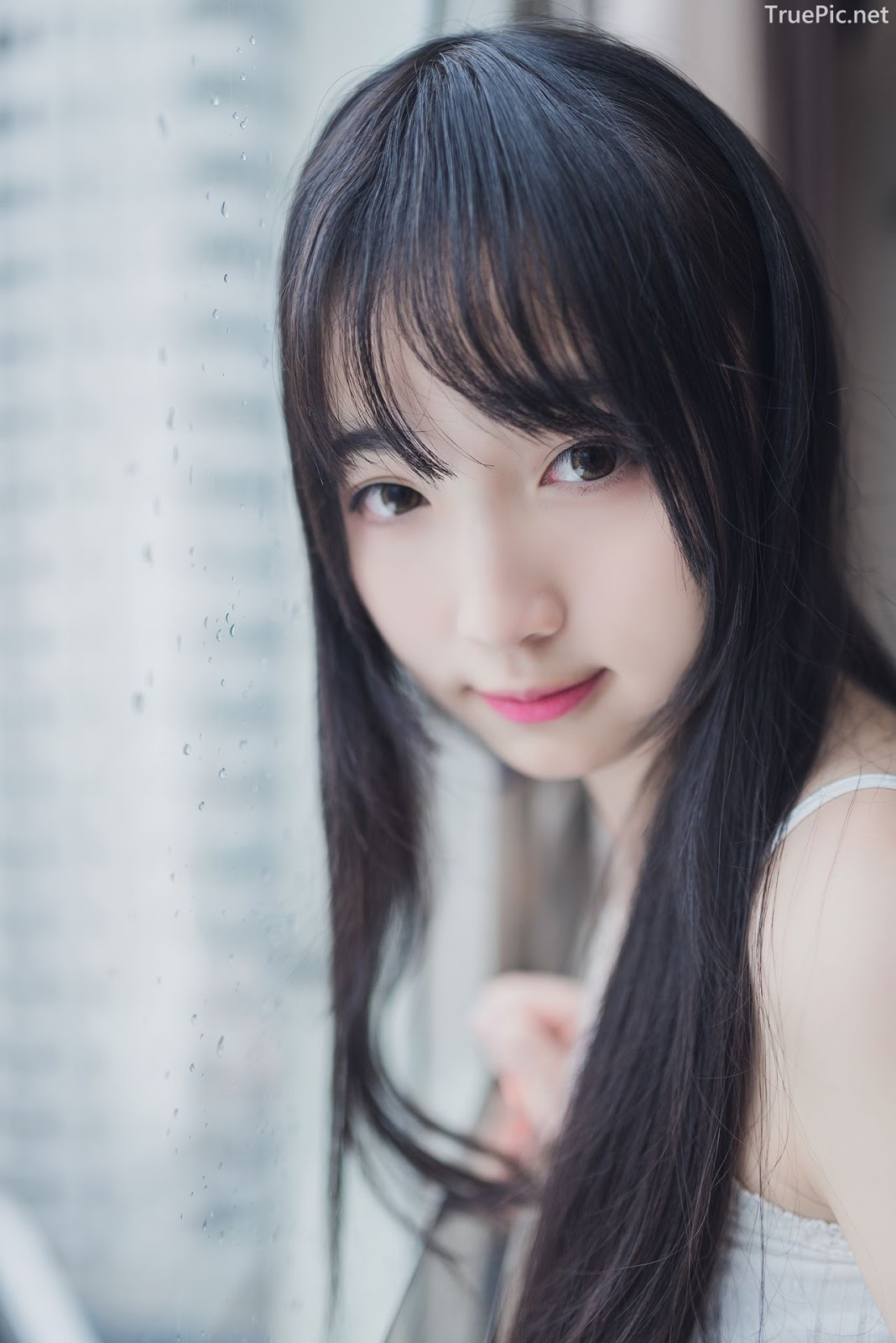 [MTCos] 喵糖映画 Vol.006 – Young Chinese model with innocent smile - Picture 3