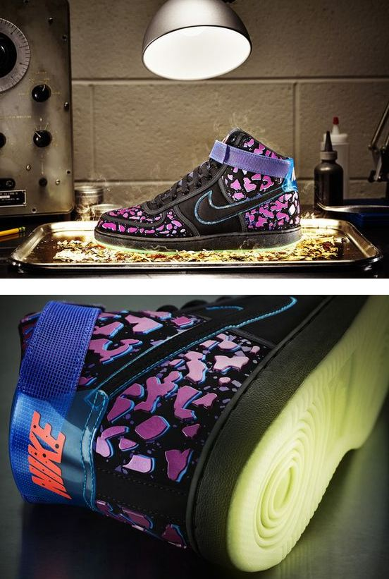 "8706d2ea29fa THE SNEAKER ADDICT  Nike Sportswear All Star ""Area 72″ Raygun ..."
