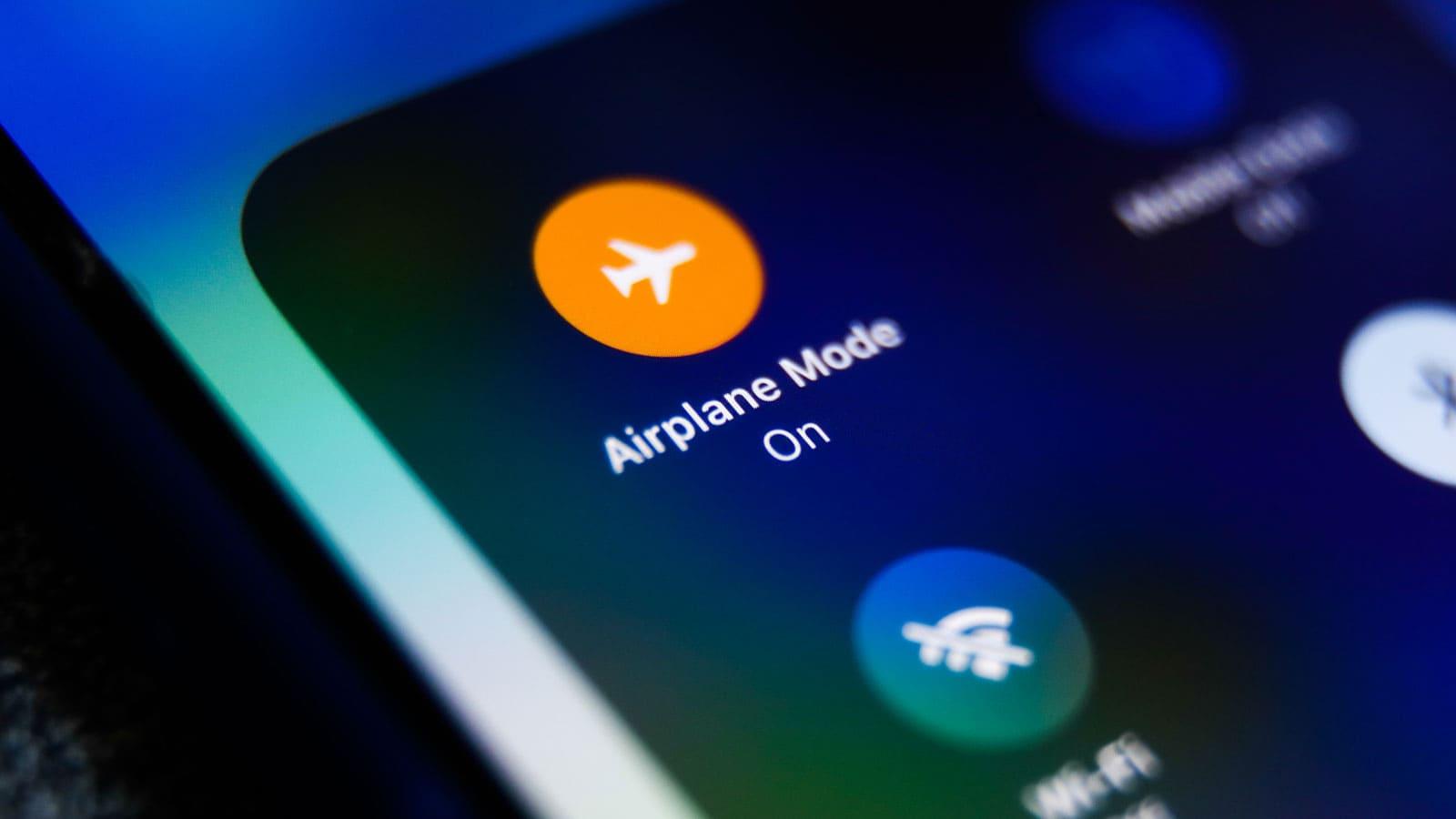 الطريقة الثانية : تفعيل خاصية وضع الطيران من الهاتف