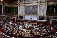 """La permanence de Claire O'Petit à Étrépagny a été dégradée ce mardi matin. Des inscriptions hostiles au vote pour le CETA de la députée de la 5e circonscription recouvrent la façade du local. Pour la députée """"ça suffit !"""""""