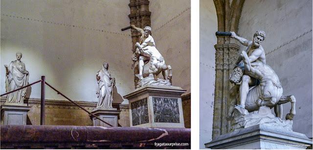 """Escultura """"Hércules e o Centauro Nesso"""" na Logga dei Lanzi, Florença"""