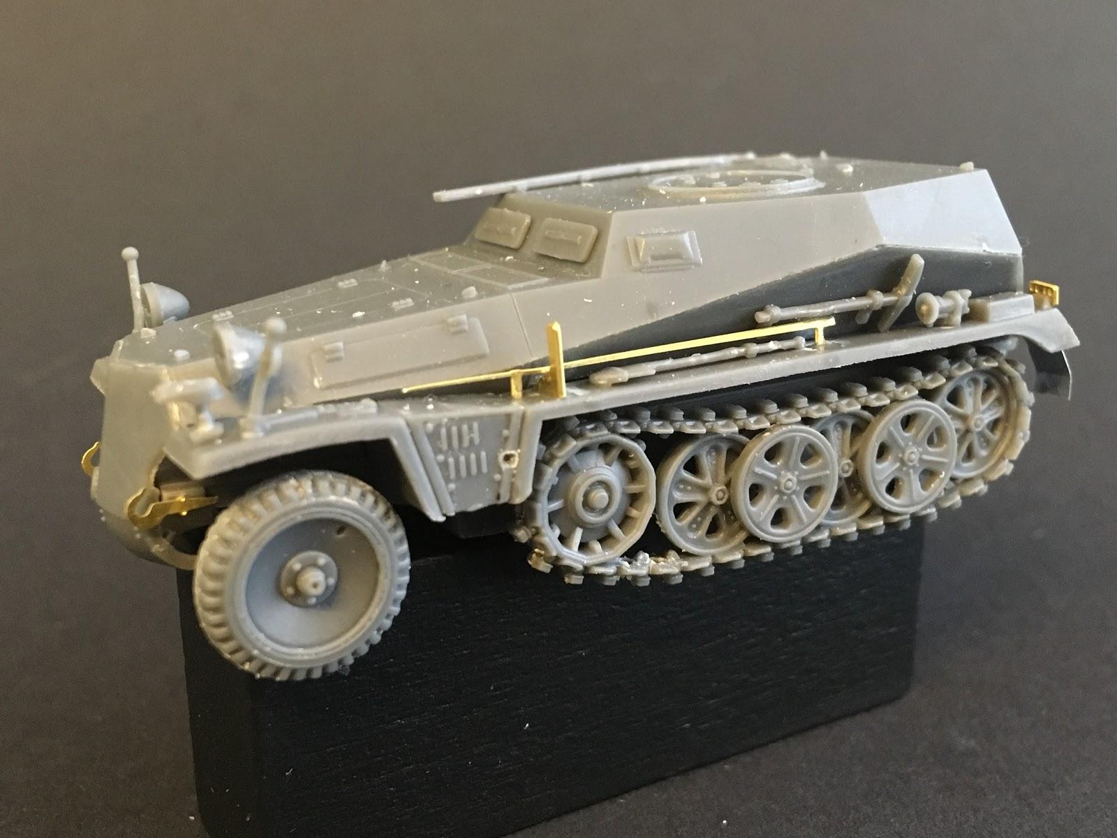 S-Model 1//72 German Sd.Kfz.253 Le Beob.Pz.Wg Artillery Observation Vehicle #0266