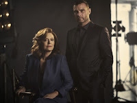 Liev Schreiber and Susan Sarandon in Ray Donovan Season 5 (13)