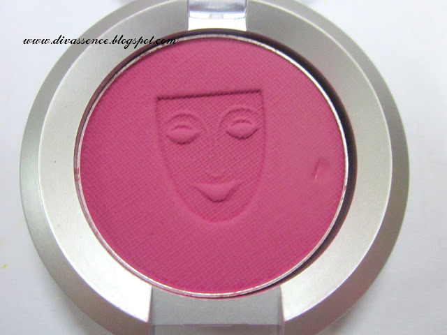 Kryolan blushes swatch and review