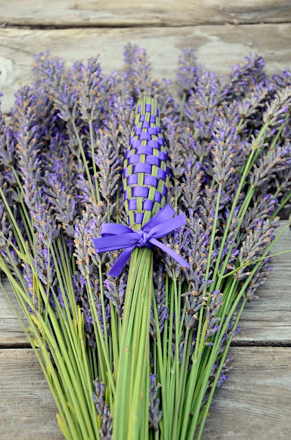 Aromatic Lavender Wand made of Organic Lavender