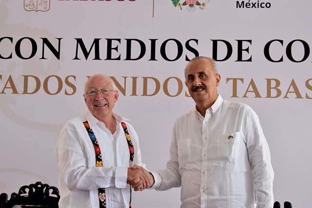 Objetivo de USA que los cubanos puedan elegir a sus representantes: Ken Salazar Foto @USAmbMex