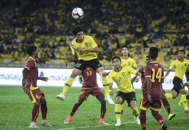 """Malaysia vùi dập """"nhược tiểu"""" 6-0, tự tin """"sát thủ"""" tỏa sáng hạ Việt Nam"""