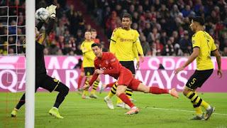 Lewandowski Fires Bayern Past Dortmund