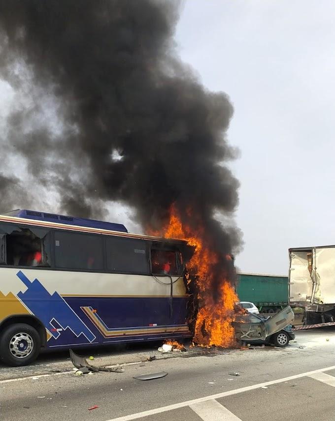 Acidente entre ônibus, caminhão e carros deixa seis mortos e sete feridos na Dutra em São José dos Campos