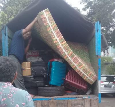 Sewa truk pindahan Surabaya Tangerang