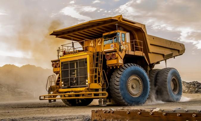Anglo American testará o maior caminhão do mundo movido a hidrogênio