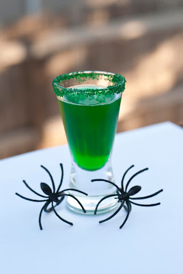 Halloween cocktail, shot, vodka, creme de menthe