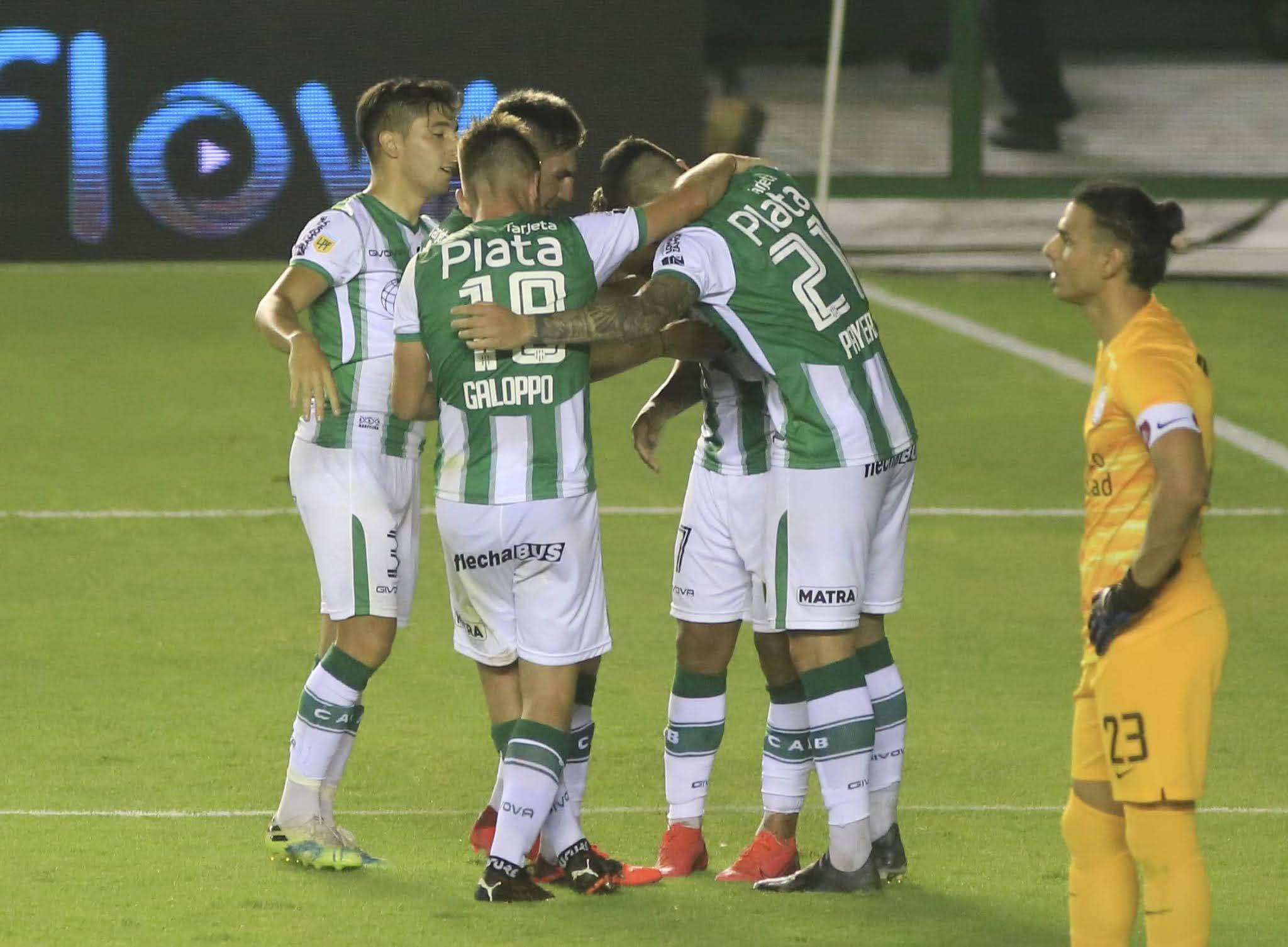 Banfield clasificó a la final de la Copa Maradona al vencer a San Lorenzo en el sur