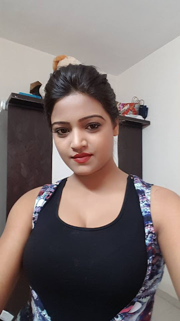 Diya Singh best beautiful Bhojpuri actress.