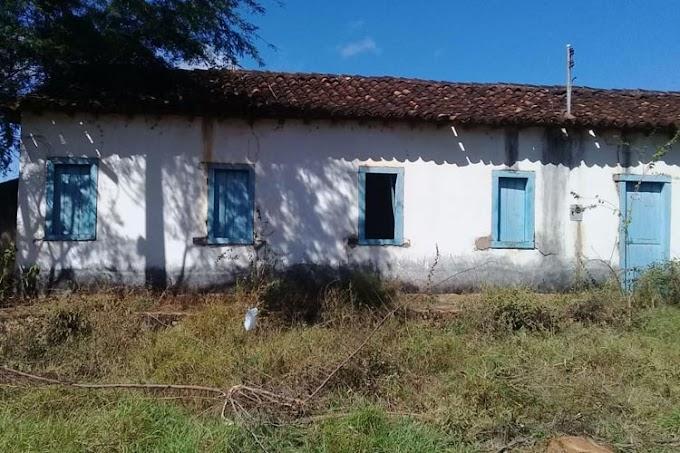 Parte da história da cidade de Brumado é apagada com demolição de casarão